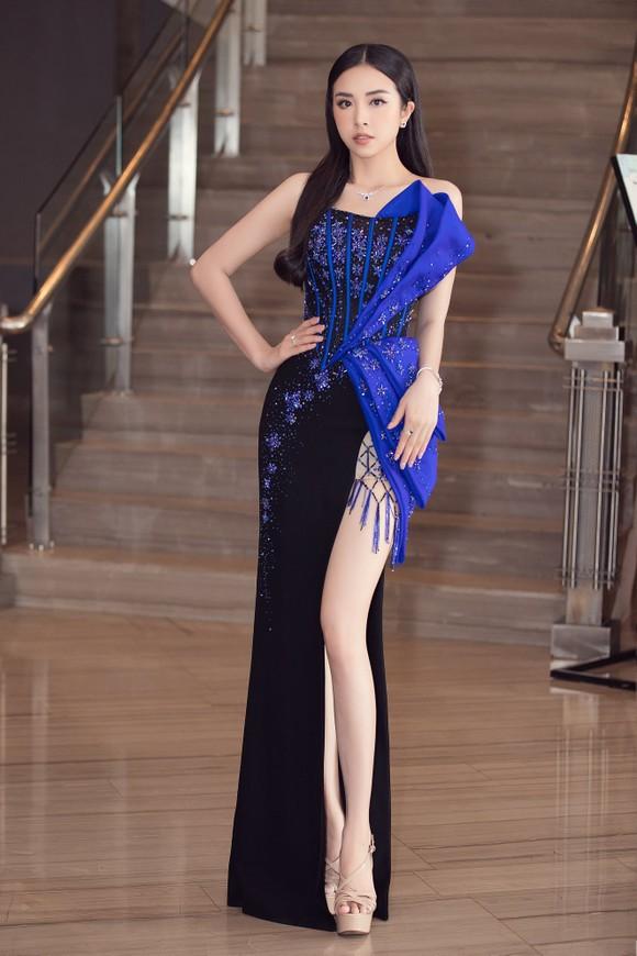 Công bố vương miện Hoa hậu Việt Nam 2020 và các vật phẩm đăng quang ảnh 10