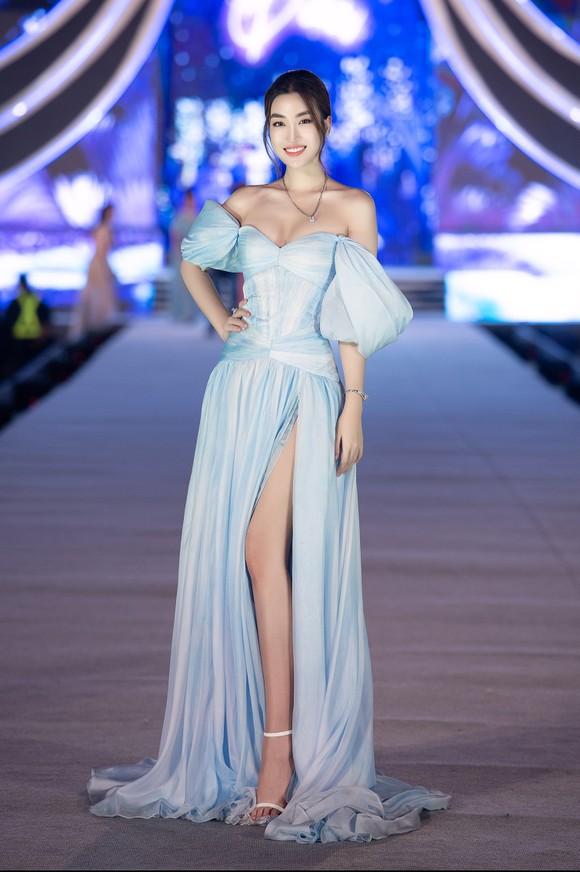 Hoa hậu Việt Nam 2020: Lộ diện Top 5 Người đẹp Biển ảnh 13