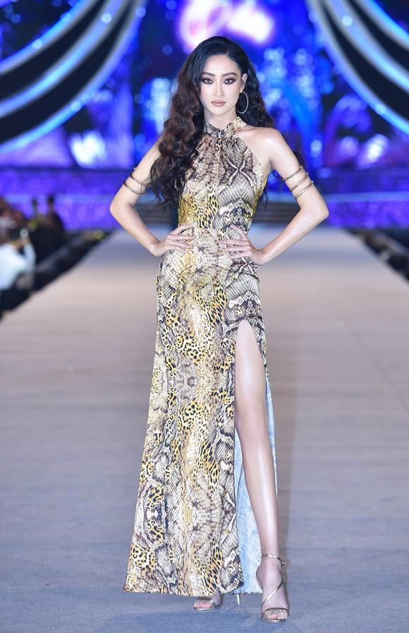 Hoa hậu Việt Nam 2020: Lộ diện Top 5 Người đẹp Biển ảnh 14