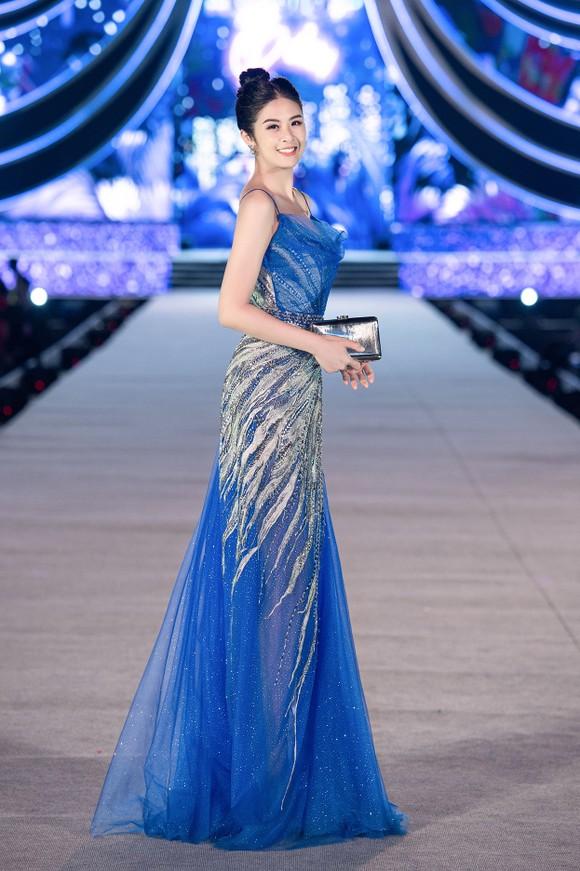 Hoa hậu Việt Nam 2020: Lộ diện Top 5 Người đẹp Biển ảnh 15