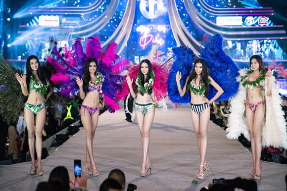 Hoa hậu Việt Nam 2020: Lộ diện Top 5 Người đẹp Biển ảnh 8