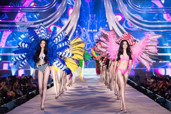 Hoa hậu Việt Nam 2020: Lộ diện Top 5 Người đẹp Biển ảnh 6