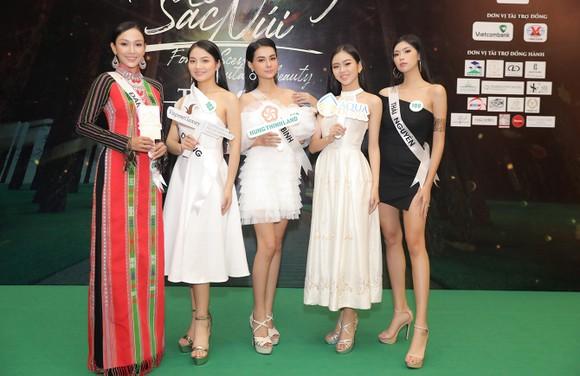 """Lễ hội Văn hóa Thổ cẩm Việt Nam 2020: Sẽ trình diễn Fashion show """"Hương rừng sắc núi"""" ảnh 9"""