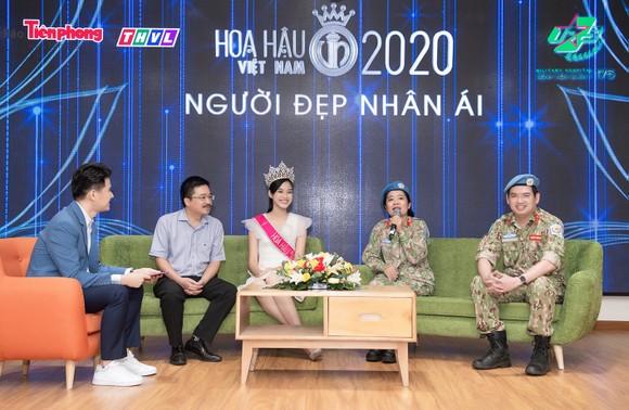 Chuyến từ thiện đầu tiên của Tân Hoa hậu Đỗ Thị Hà ảnh 6