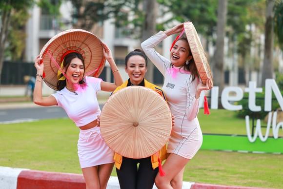 Chương trình kích cầu du lịch Việt của 9 hoa hậu, á hậu lên sóng ảnh 1