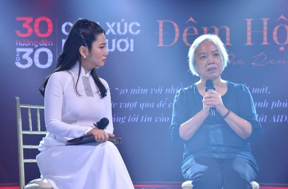 Đông đảo nghệ sĩ đồng hành đêm hội ngộ 'Cảm xúc 30 năm' ảnh 10