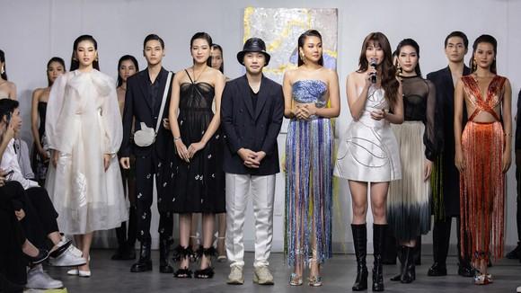 Show thời trang Pre-Fall 2021 Musée d'Art thuộc khuôn khổ London Fashion Week Show