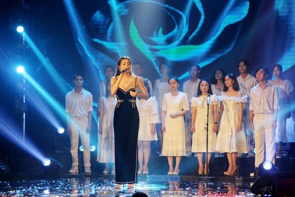 Binz và Amee đoạt giải ca sĩ của năm tại Giải thưởng Làn sóng xanh 2020 ảnh 2