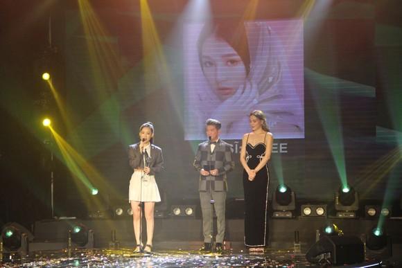 Binz và Amee đoạt giải ca sĩ của năm tại Giải thưởng Làn sóng xanh 2020 ảnh 6