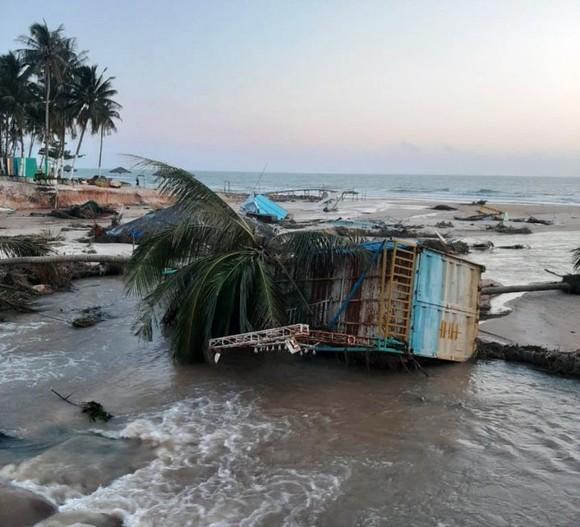 Thiên tai ở Nam bộ gây thiệt hại hơn 315 tỷ đồng ảnh 2