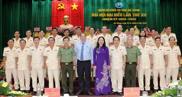 Đại tá Đinh Văn Nơi tái đắc cử Bí thư Đảng ủy Công an tỉnh An Giang  ảnh 1