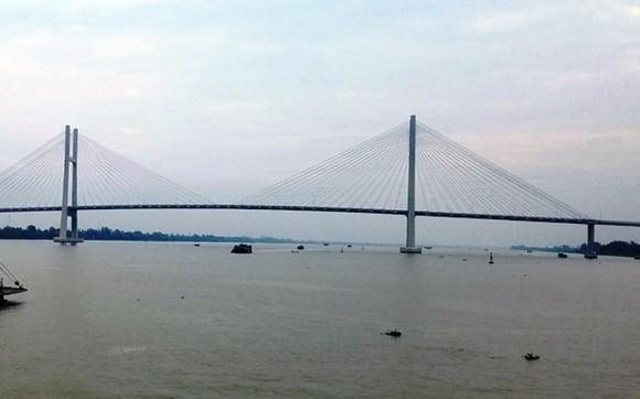 Cầu Cao Lãnh, nơi em T. để lại giấy tờ và mất tích sau đó