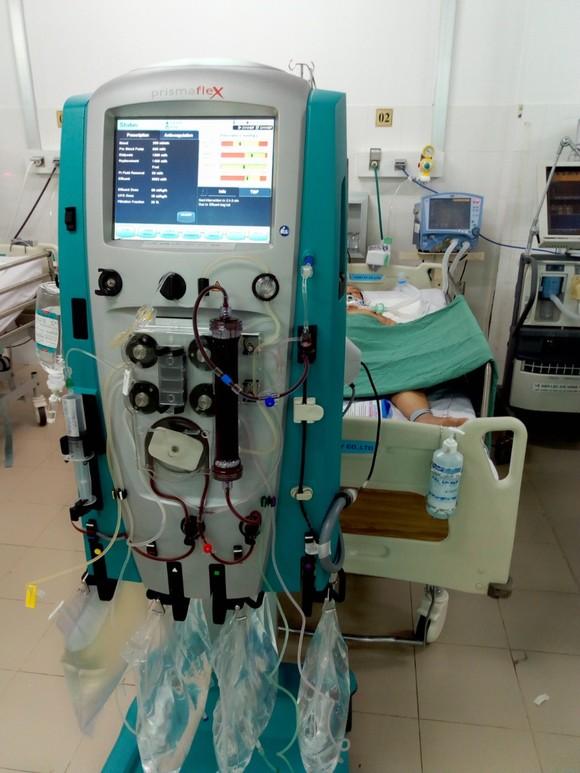 Bệnh viện ĐK Trung ương Cần Thơ vừa cứu sống một bệnh nhân nguy kịch ảnh 1