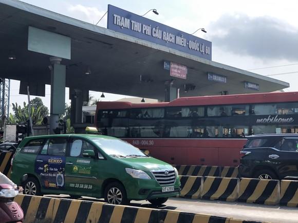 ĐBSCL: Ùn ứ giao thông ở một số nơi trong ngày mùng 5 Tết  ảnh 2
