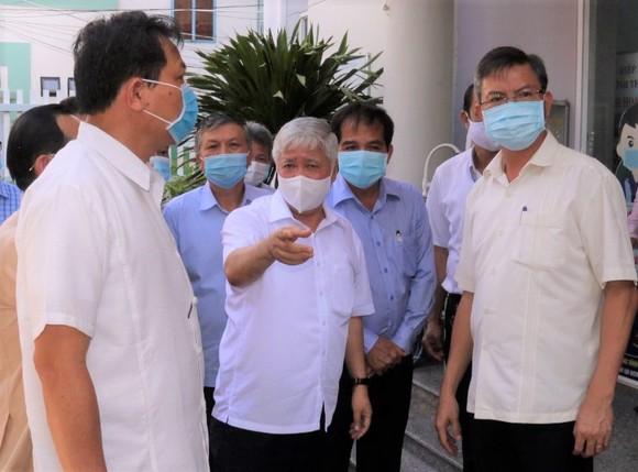 Chủ tịch Ủy ban Trung ương MTTQ Việt Nam kiểm tra công tác chuẩn bị bầu cử tại Kiên Giang ảnh 2