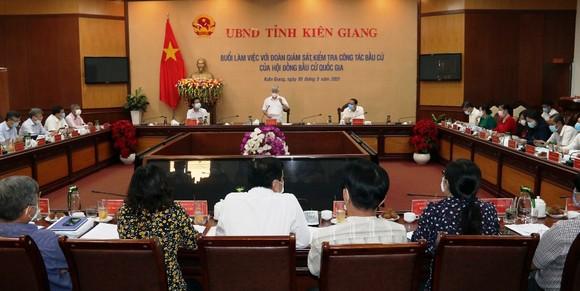 Chủ tịch Ủy ban Trung ương MTTQ Việt Nam kiểm tra công tác chuẩn bị bầu cử tại Kiên Giang ảnh 1