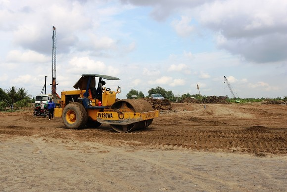 Nhiều công trình giao thông ở vùng ĐBSCL gặp khó khăn do thiết cát