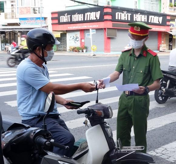 An Giang và một số địa phương Kiên Giang, Long An áp dụng giãn cách xã hội theo Chỉ thị 15 từ ngày 7-9 ảnh 2