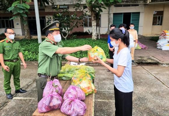 An Giang và một số địa phương Kiên Giang, Long An áp dụng giãn cách xã hội theo Chỉ thị 15 từ ngày 7-9 ảnh 1