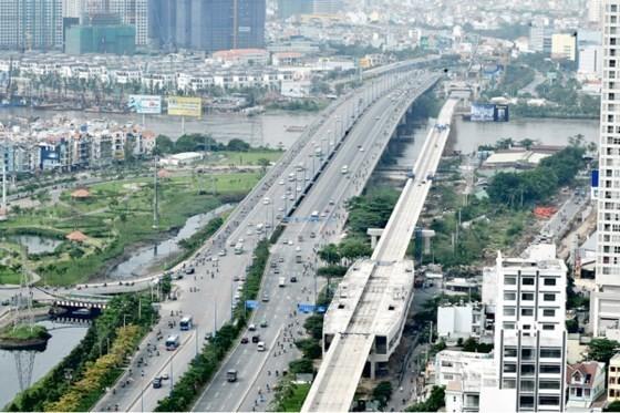 Tháng 10 lắp đường ray tuyến metro Bến Thành - Suối Tiên ảnh 1