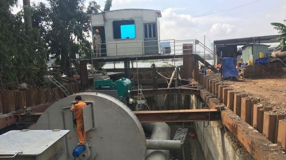 TPHCM thuê siêu máy bơm chống ngập cho đường Nguyễn Hữu Cảnh ảnh 2