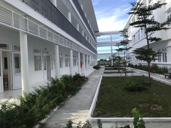 Trungnam Group bàn giao ngôi trường 60 tỷ đồng cho Ninh Thuận trong ngày khai giảng   ảnh 4