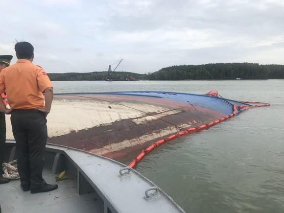 Nạo vét luồng cho tàu có mớn nước 9,5m qua khu vực chìm tàu ở Cần Giờ ảnh 3