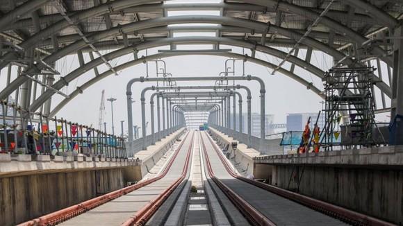 Phấn đấu cuối năm 2021 đưa vào vận hành thương mại tuyến metro số 1 Bến Thành - Suối Tiên  ảnh 2