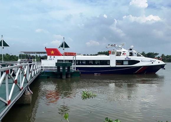 Khai trương tuyến tàu du lịch đường sông Bạch Đằng - Địa đạo Củ Chi ảnh 1