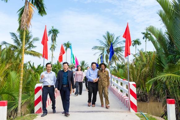 8 tỷ đồng xây dựng cầu đường nông thôn ở huyện Giồng Trôm, tỉnh Bến Tre ảnh 2