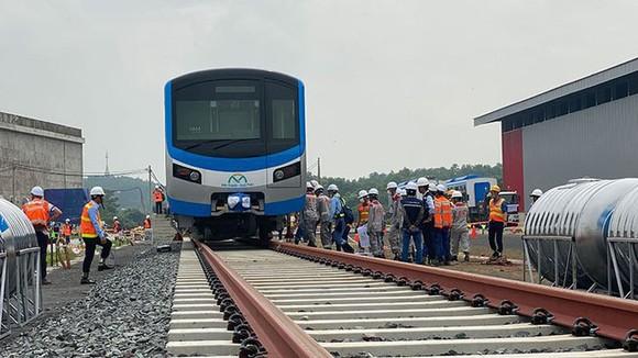 Tuyến Metro Bến Thành - Suối Tiên đã hoàn thành trên 82% khối lượng công trình, các đoàn tàu đã nhập về nhưng hai năm qua chưa được giải ngân nguồn vốn. Ảnh: QUỐC HÙNG