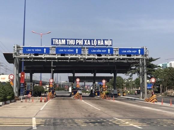 Vì sao trạm thu phí xa lộ Hà Nội thu phí trở lại? ảnh 1