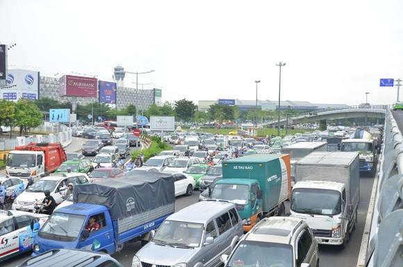 TPHCM xử phạt nguội giao thông chưa hiệu quả   ảnh 1