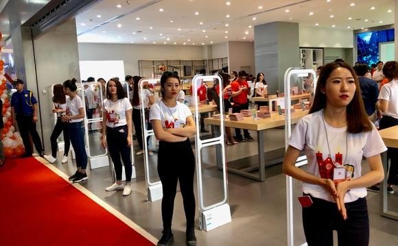 Mi Store ủy quyền tại quận 2 đã mở cửa đón khách