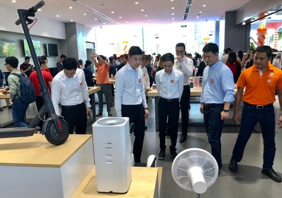Xiaomi chính thức mở cửa hàng Mi Store ủy quyền ở quận 2 ảnh 3