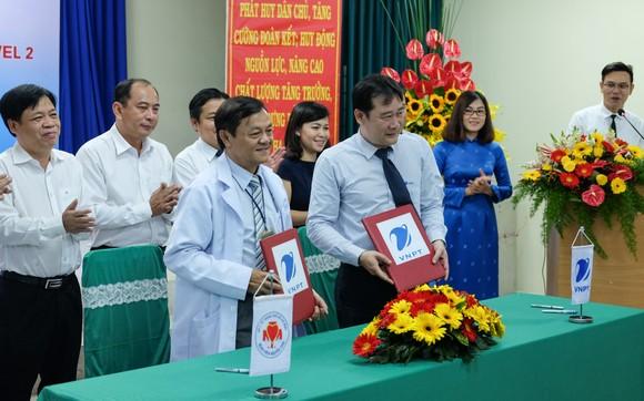 Ký kết triển khai áp dụng hệ thống Phần mền VNPT-HIS level 02 tại Bệnh viện Nguyễn Trãi