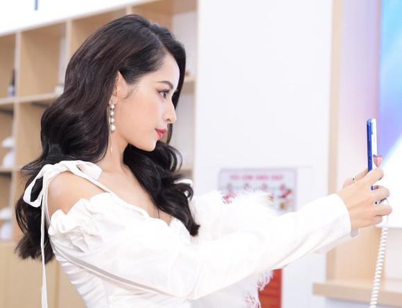 Huawei đã có 6 cửa hàng trải nghiệm tại Việt Nam ảnh 1