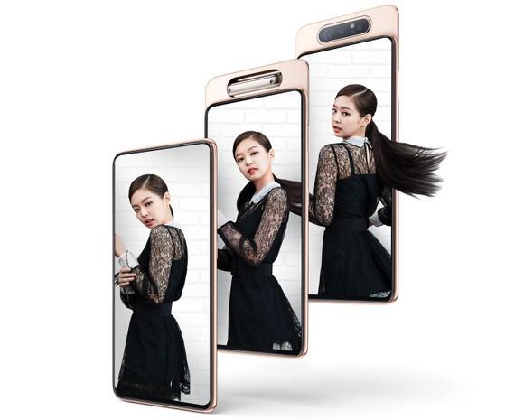 Galaxy A80 chính thức lên kệ tại Việt Nam với bộ quà tặng độc đáo ảnh 2