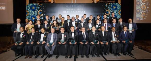 """FPT vinh dự được trao giải thưởng: """"Nhà cung cấp Dịch vụ Trung tâm dữ liệu Việt Nam của năm 2019"""" ảnh 1"""