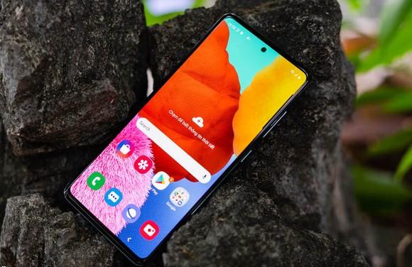 Nhận ngay bộ quà 1,5 triệu khi đặt trước Galaxy A51 FPT Shop ảnh 2