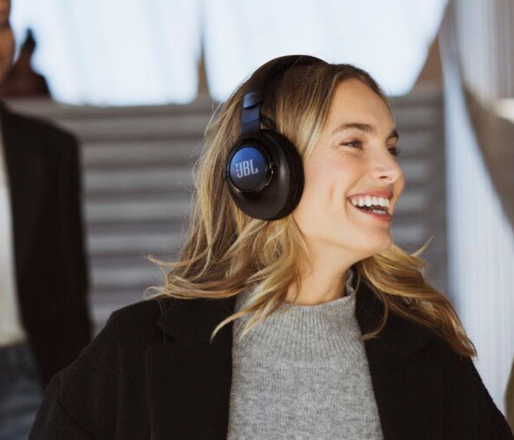 BL ra mắt dòng tai nghe Club và gaming Quantum tại CES 2020 ảnh 3