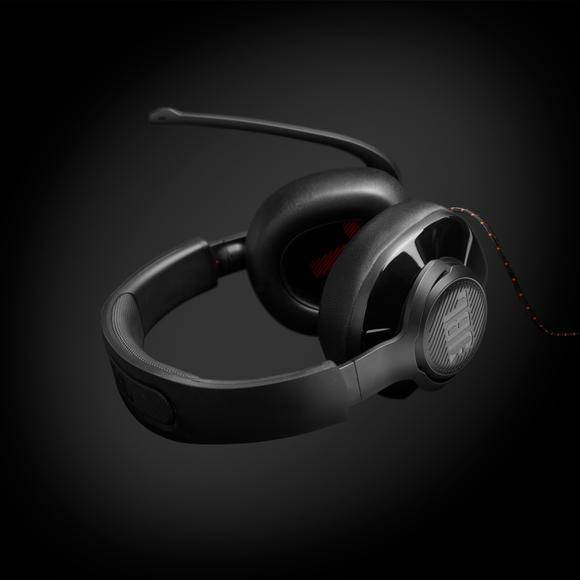 JBL: Loạt sản phẩm tai nghe JBL Quantum ảnh 2
