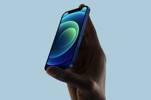 iPhone 12 mini: Nhỏ, gọn nhưng mạnh mẽ bất ngờ ảnh 3