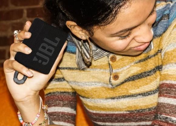 Đặt mua loa JBL Go 3 cùng bộ quà tặng hấp dẫn