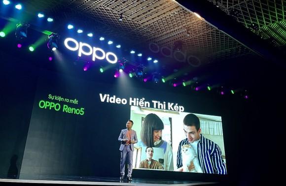 """OPPO Reno5 """"Cùng hình dung khoảnh khắc cuộc sống"""" chính thức ra mắt tại Việt Nam ảnh 2"""