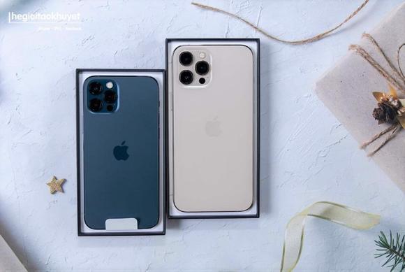 """iPhone 12 vẫn """"hot"""" mùa cận Tết ảnh 1"""