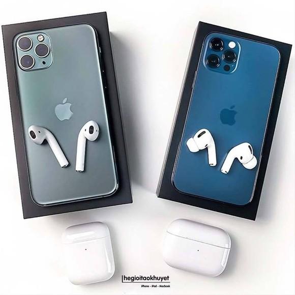 """iPhone 12 vẫn """"hot"""" mùa cận Tết ảnh 4"""