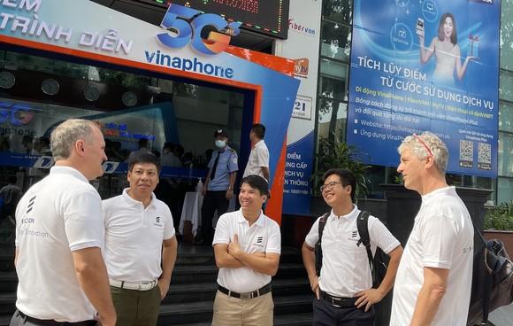 Đại diện hãng Ericsson xuất hiện trong sự kiện 5G của VinaPhone