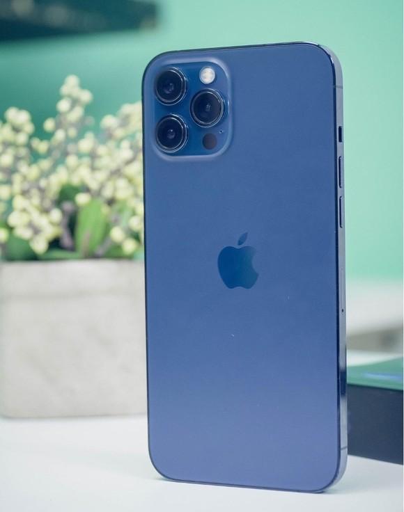 Lựa chọn màu iPhone sang chảnh và quyến rũ cho phái đẹp   ảnh 2