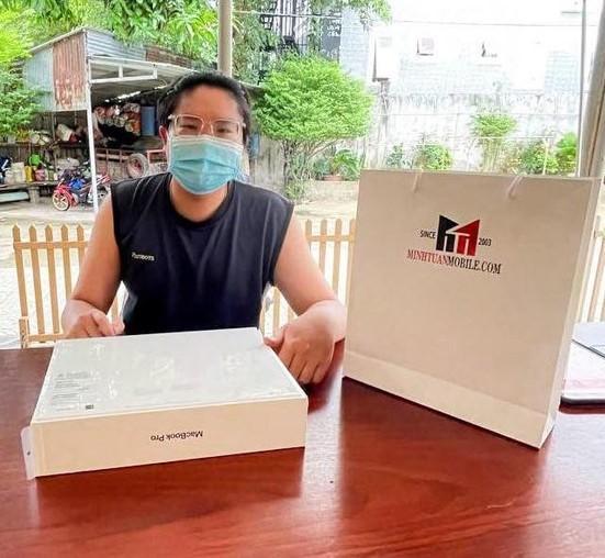 Minh Tuấn Mobile giảm giá hàng công nghệ và  'freeship' tận nhà ảnh 1